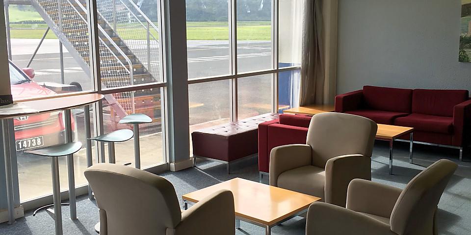 Harry Bauer Club Lounge (VLI)