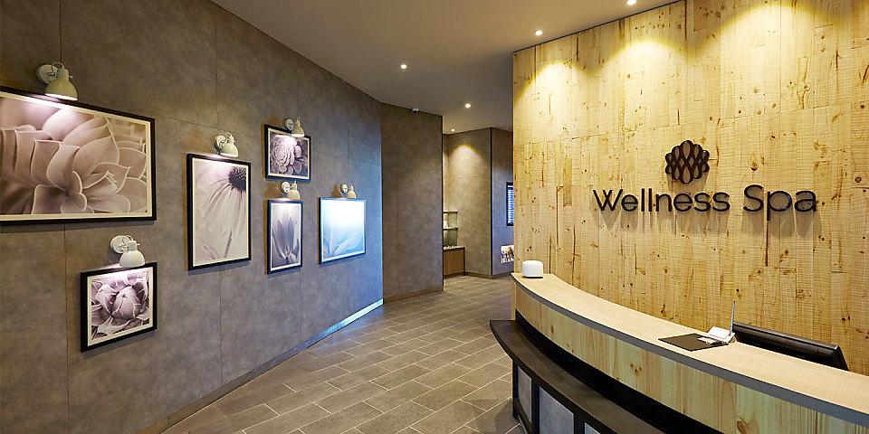 Plaza Premium Lounge/Wellness Spa (KUL)