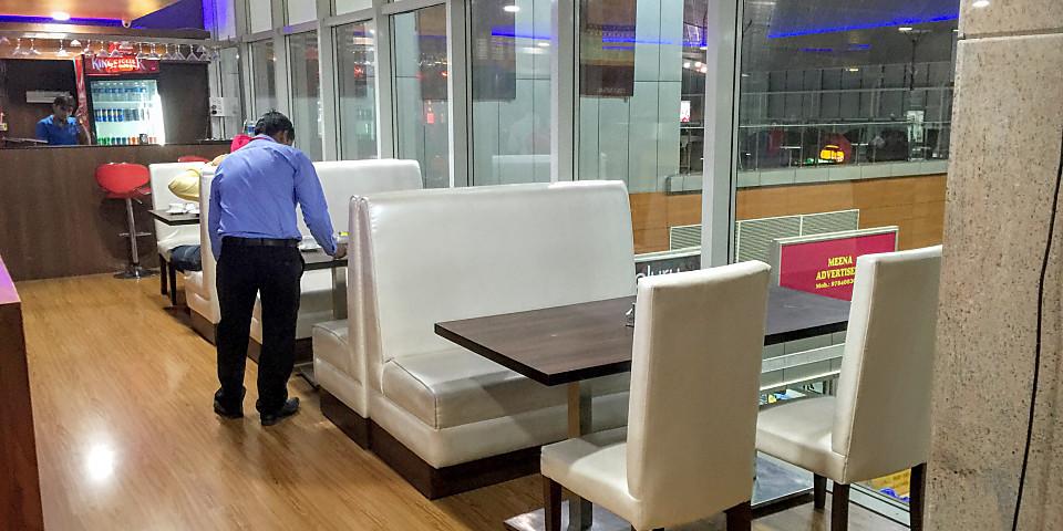 Club One Class Lounge (JAI)