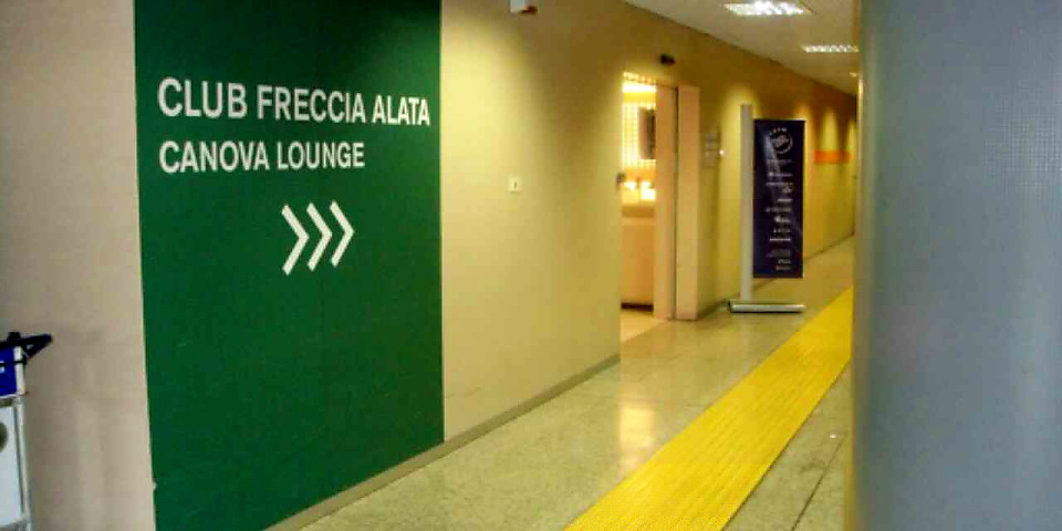 Alitalia Freccia Alata Canova (Closed Temporarily Due To Construction) (FCO)