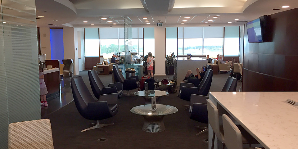 United Airlines United Club (MCO)