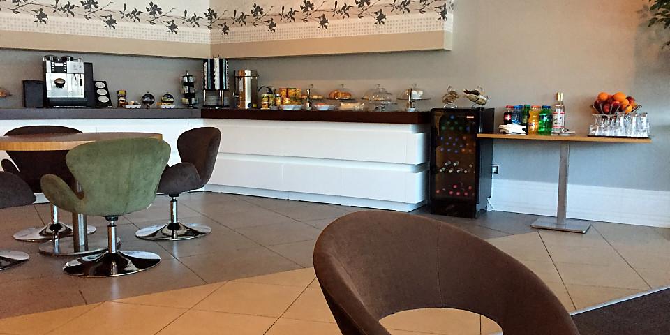 Mugam Lounge (GYD)