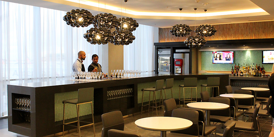 American Airlines Flagship Lounge (MIA)