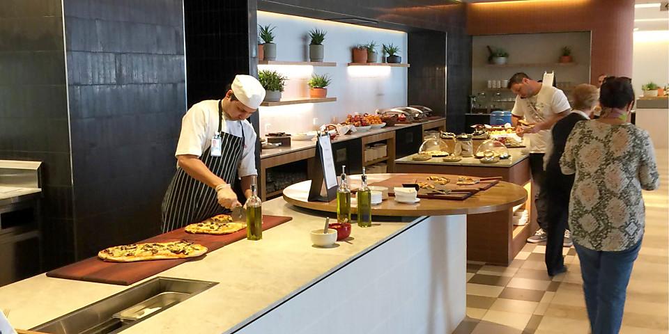 Qantas Airways Domestic Business Lounge (PER)