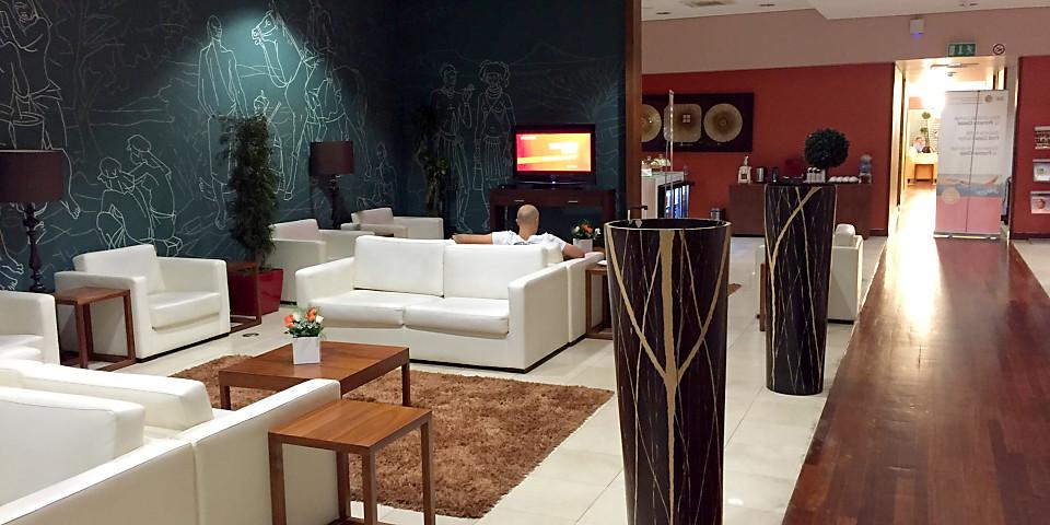 TAAG Lounge (LAD)