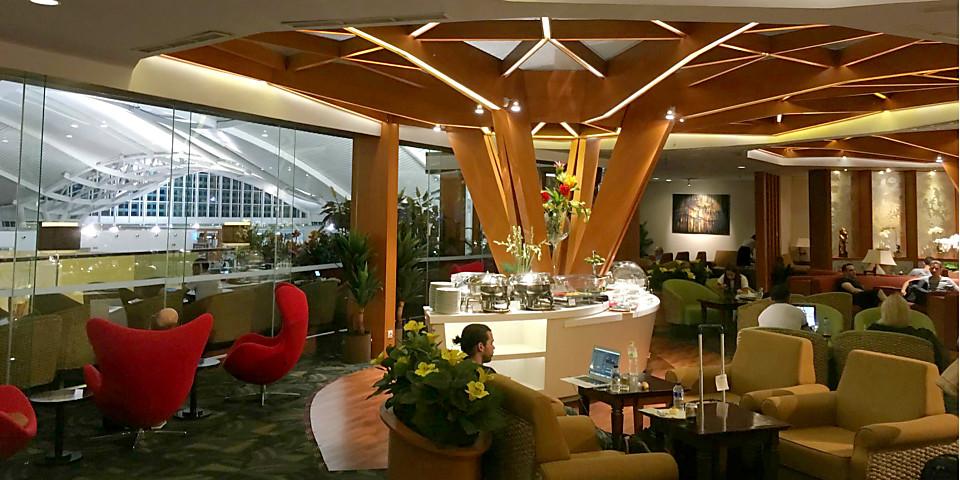 Premier Lounge (DPS)