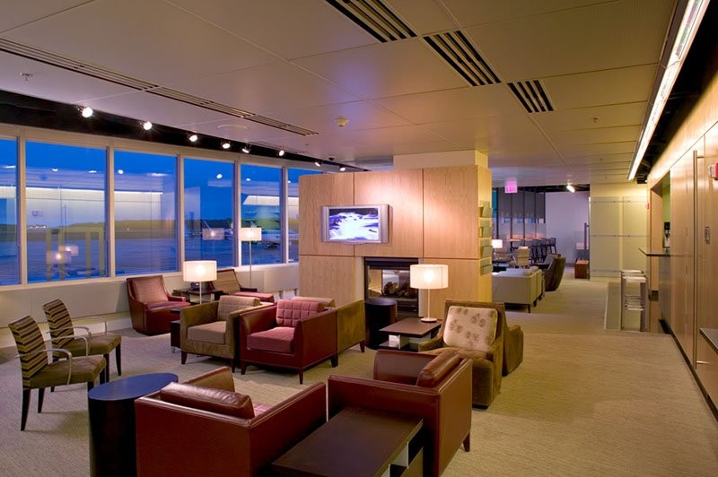 Choosing the best credit card for airport lounge access loungebuddy the platinum card from american express reheart Images