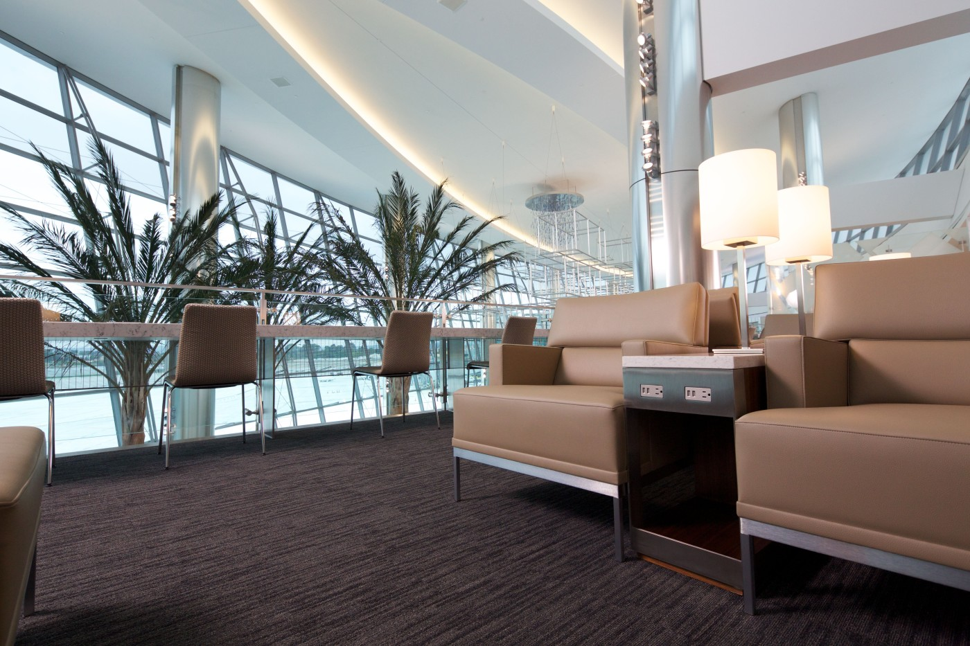 The ultimate guide to united club loungebuddy credit cards united mileageplus explorer card colourmoves