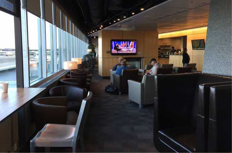 Httpsghiroph Comseattle Airport Lounges The Ultimate Guide: Alaska Airlines' Alaska Lounges: The Ultimate Guide