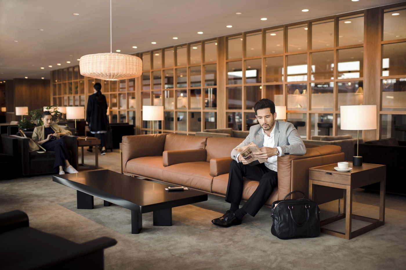 Cathay Pacific\'s The Pier Business Class Lounge: An Inside Look ...