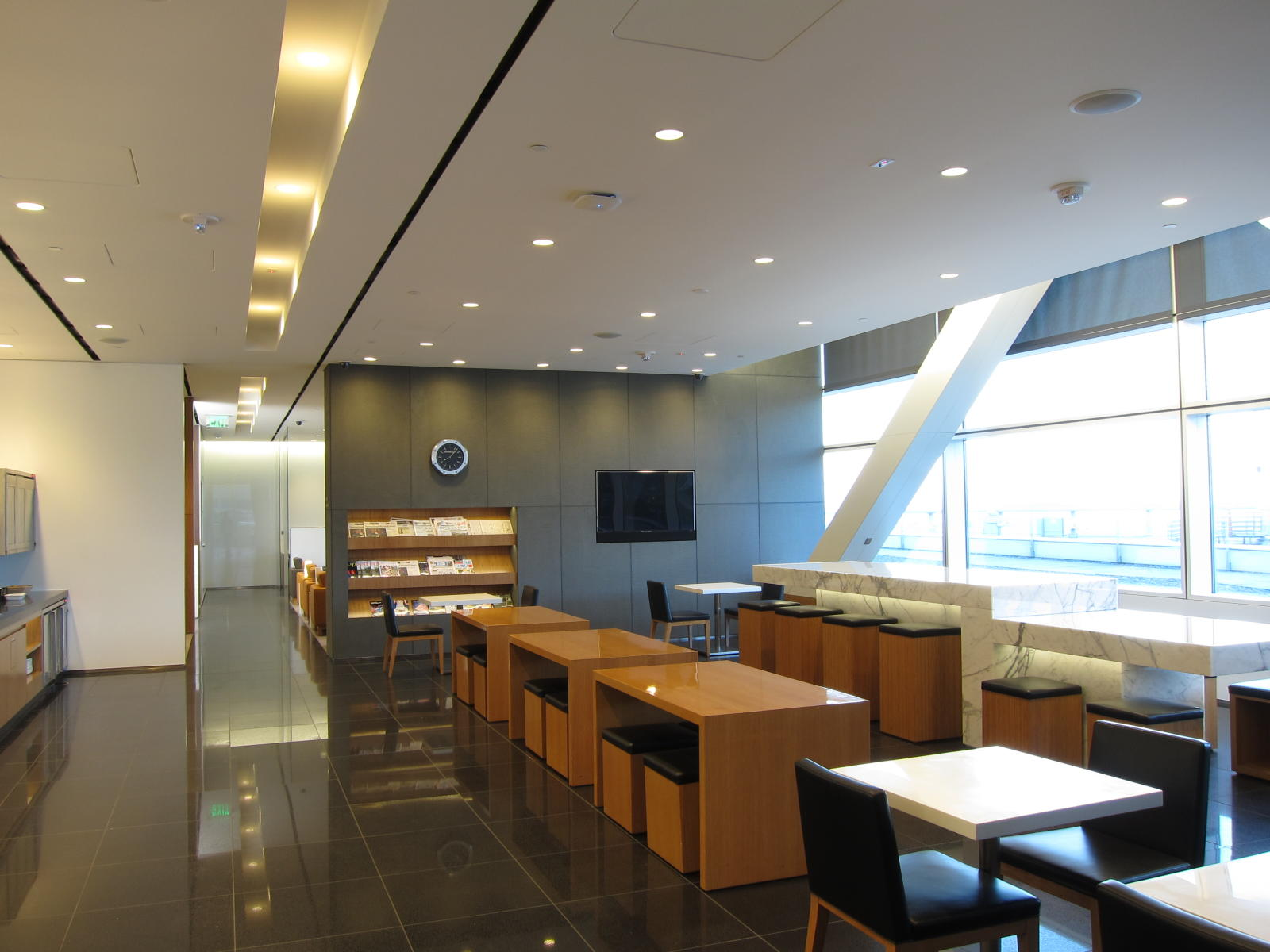 Cathay Pacific's SFO Lounge Expansion: An Inside Look-post-image