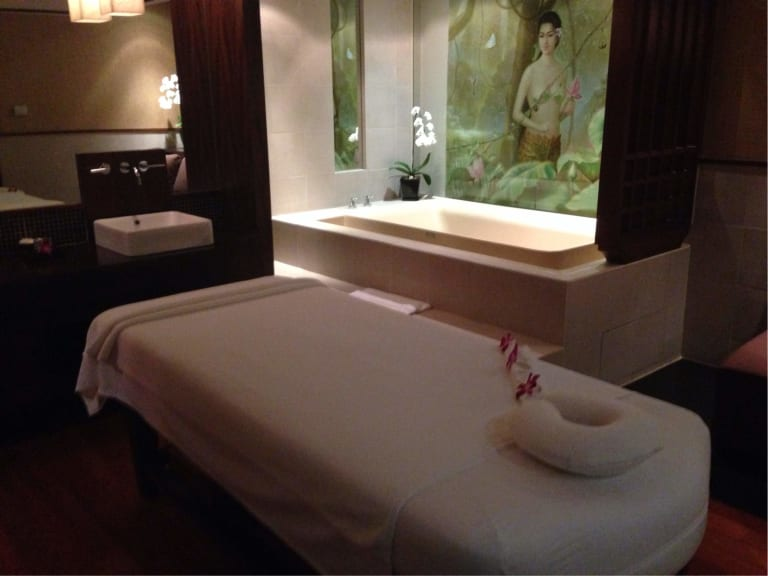 gratis gay royal thai massage