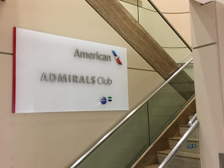 Lax American Airlines Admirals Club Reviews Amp Photos