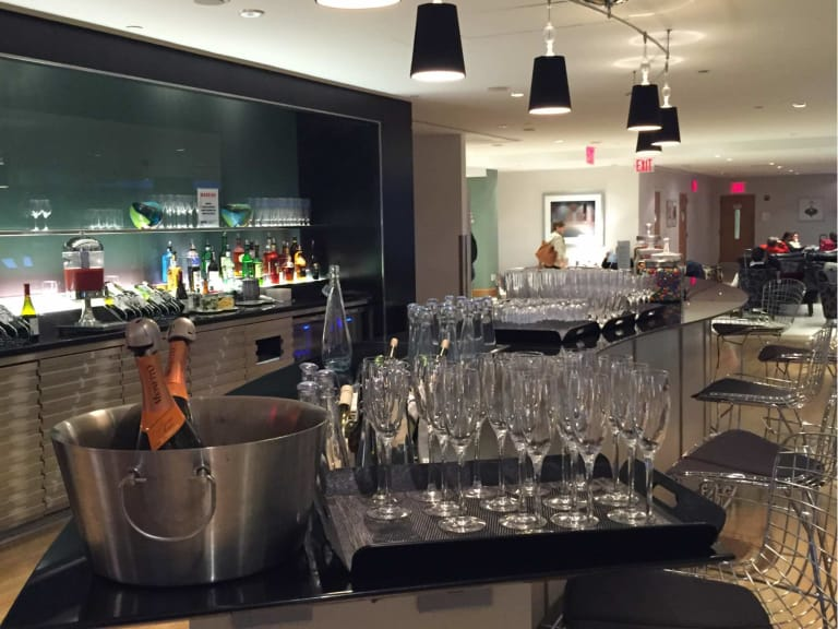 JFK: British Airways Galleries Lounge Reviews & Photos - Terminal 7 ...