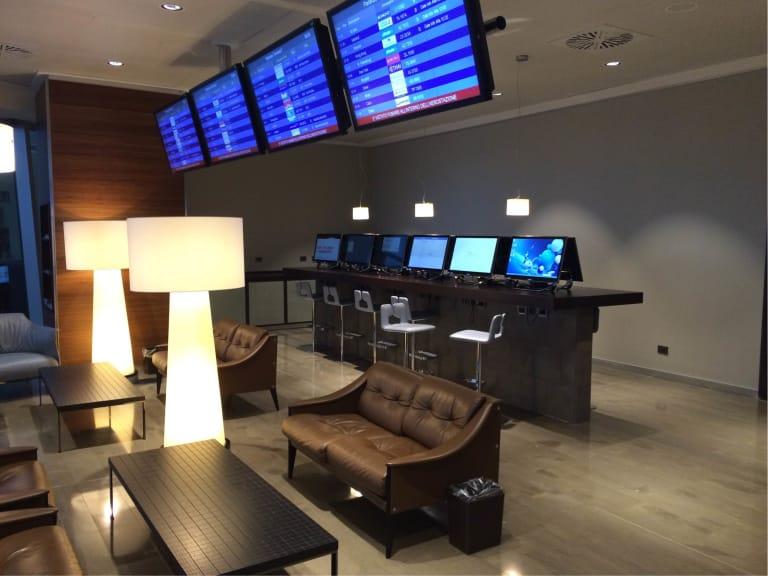 Sala Fumatori Malpensa : Mxp: club s.e.a. sala montale reviews & photos terminal 1