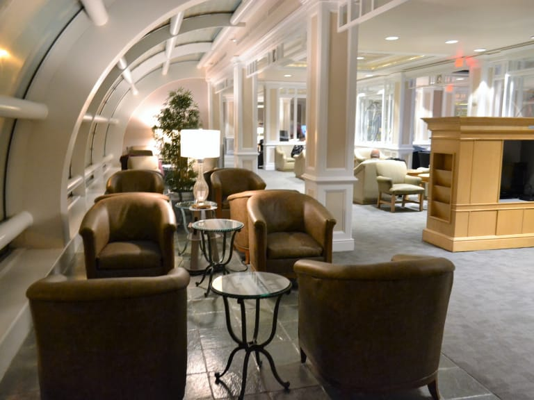 Mco Delta Air Lines Delta Sky Club Reviews Amp Photos