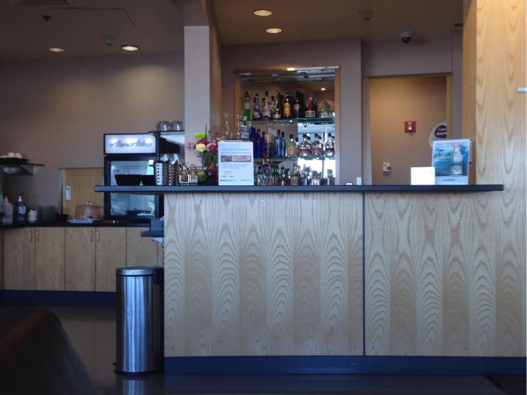Anc Alaska Airlines Alaska Lounge Reviews Amp Photos