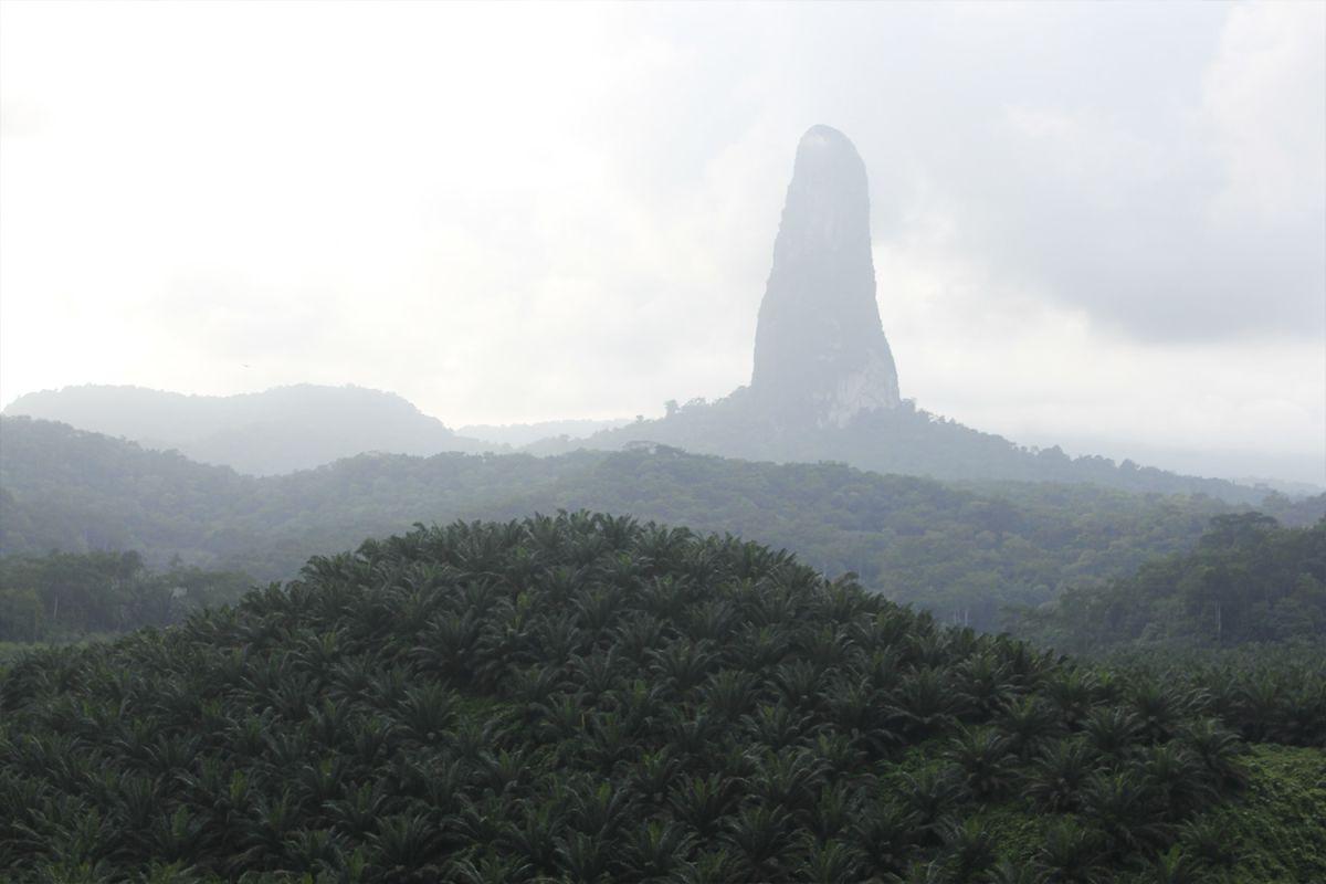 Pico Cão Grande - São Tomé and Príncipe