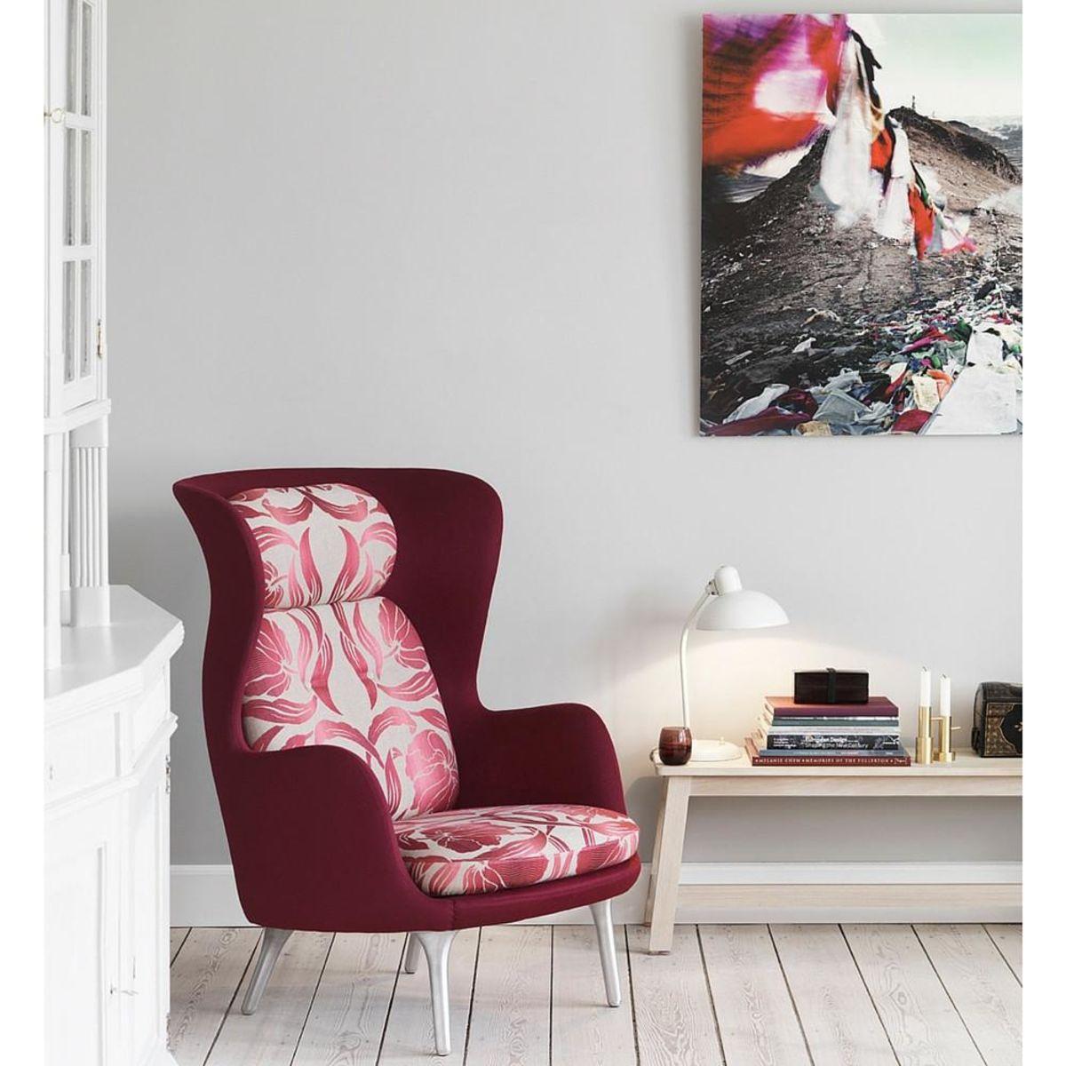 Ro armchair by Fritz Hansen