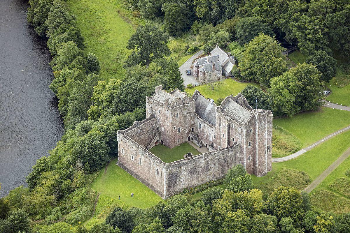 Doune Castle, Scozia - Wikipedia