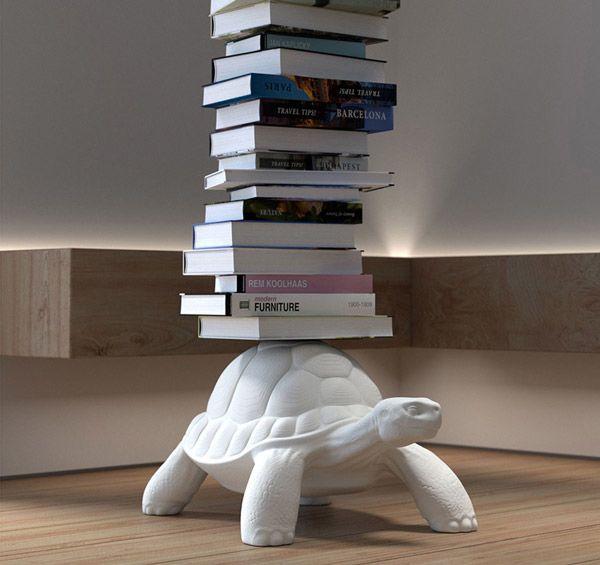 Libreria Turtle Carry di Qeeboo