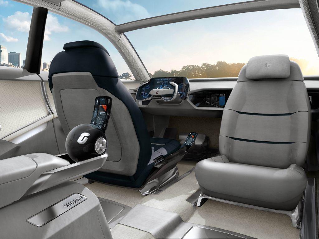 GEA, prototipo realizzato per Audi da Italdesign Giugiaro con tecnologie LG e Technogym, è una palestra a guida autonoma.