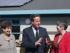 David Cameron launches solar panels on the rooftop of Eynsham School, owned and managed by Low Carbon Hub