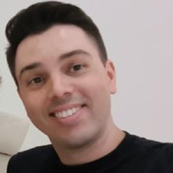 Alberto Oliveira