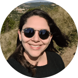 Cássia Maria Oliveira