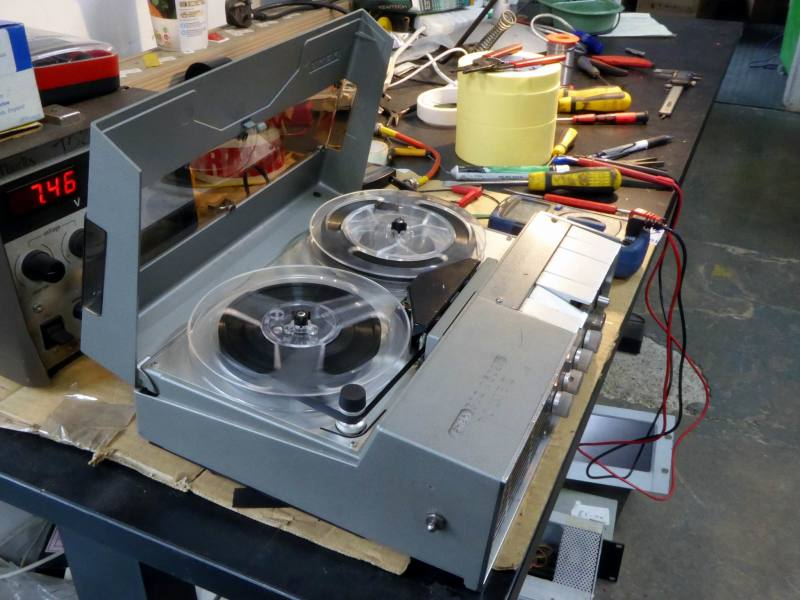 Practical period Uher 4000 reporter's reel to reel tape recorder