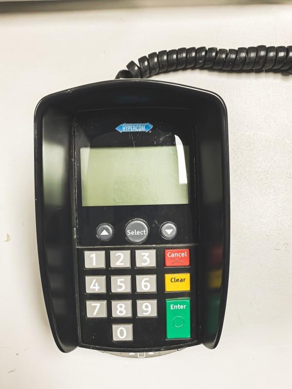 chip and pin PDQ machine with privacy guard