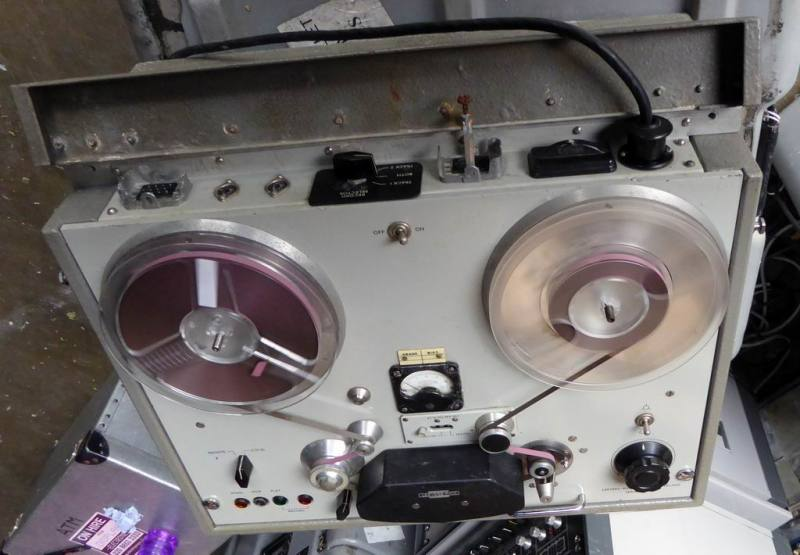 Late 1950s Leevers Rich practical reel to reel tape recorder