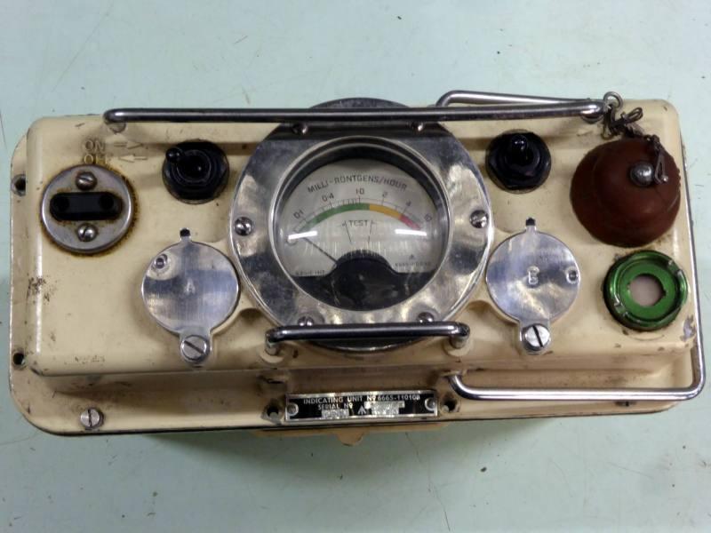 Portable 1950s cold war era Geiger counter / radiation detector