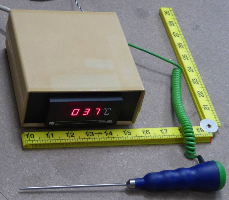 Practical digital thermometer/temperature display remotely operable