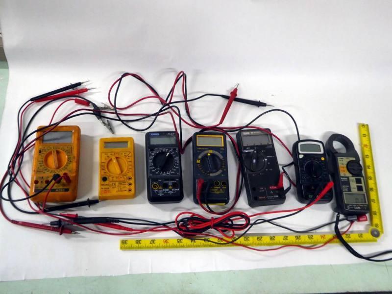 Selection of digital multimeters/testmeters