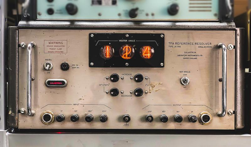 Large practical period Nixie tube lab equipment (TFA reference resolver)