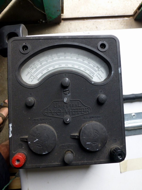 Avometer model 7 analogue multimeter