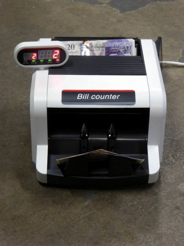 Practical bank note/money counter/counting machine