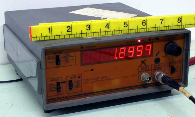 Digital frequency meter/counter