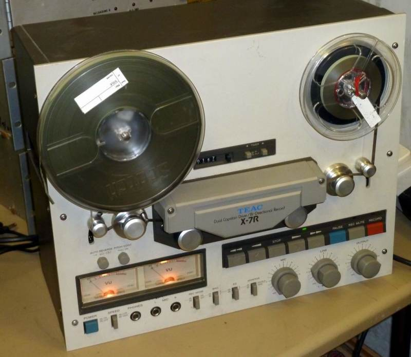 Professional 1980s - 1990s Teac tape recorder