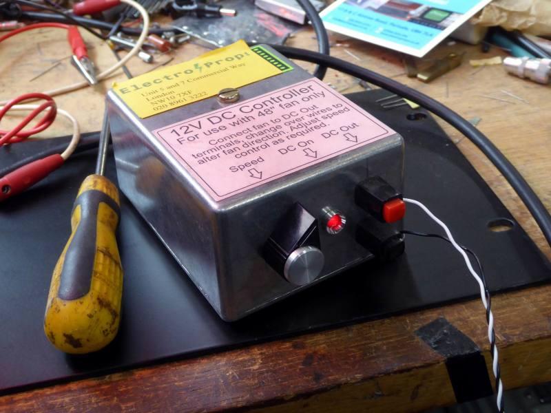 Adjustable/variable 0 - 12 Volt power supply