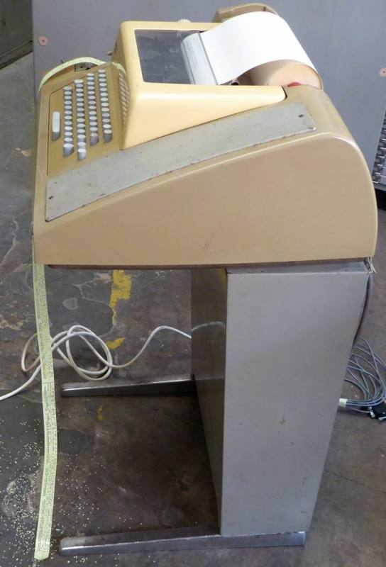 1960s-1970s practical ASR33 Teletype/teleprinter/telex terminal with ticker tape