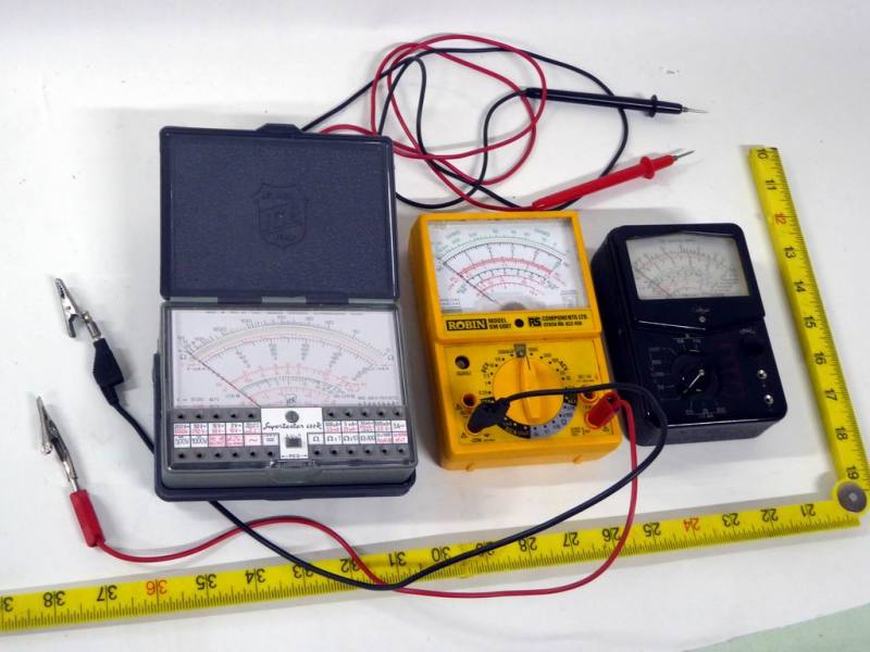 Selection of analogue multimeters/testmeters