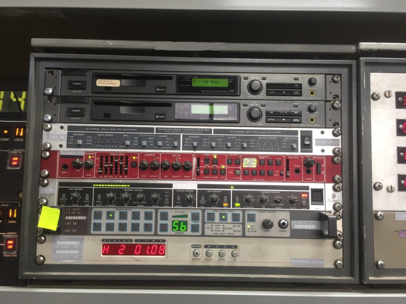 Audio Themed Desktop Cab
