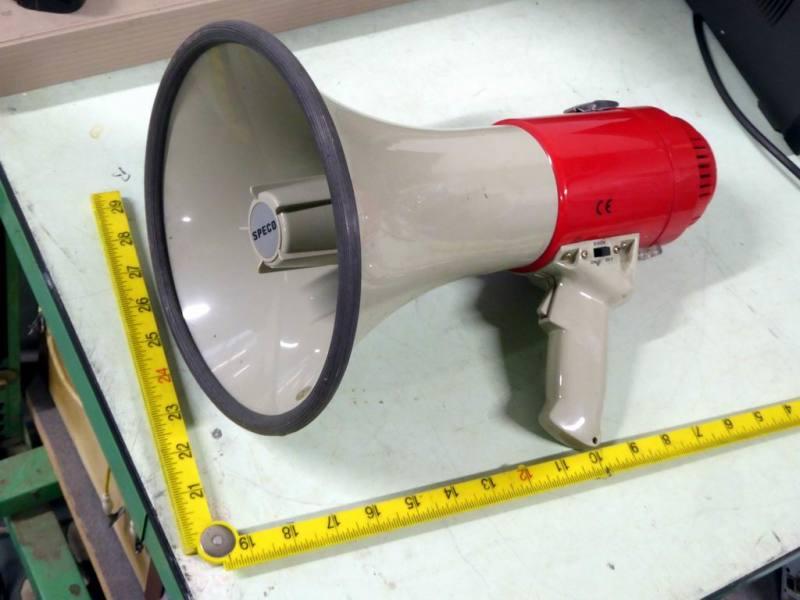 Handheld horn type megaphone/loudhailer