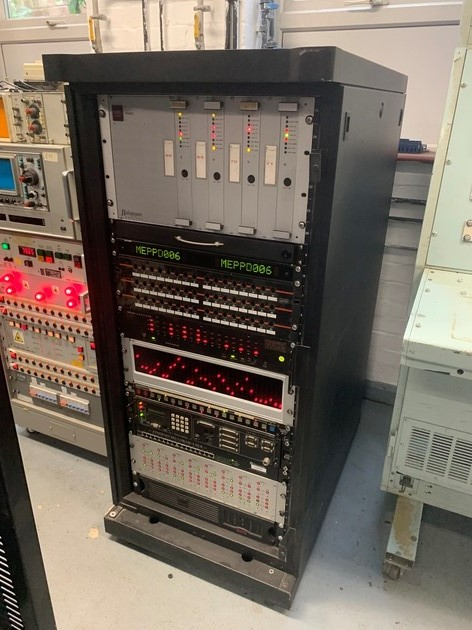 Medium height (roughly 4ft high) modern looking server rack