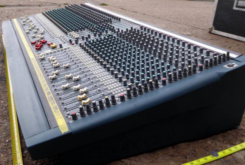 Huge 40 channel Soundcraft K3 theatre audio mixer