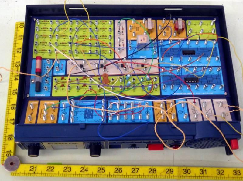 Electronics home teaching kit