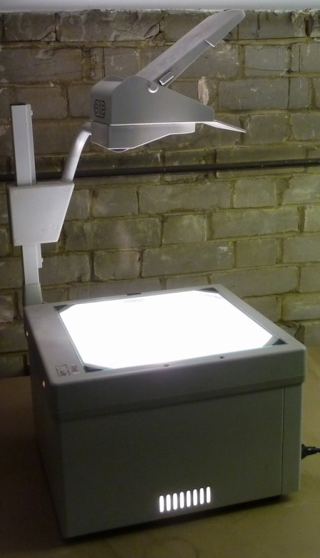 Period 1980s-1990s overhead projector