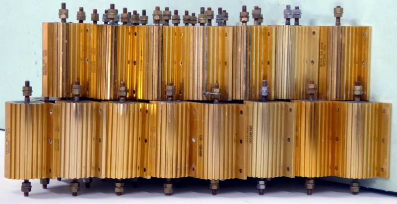 Gold technical looking power resistors for bench dressing